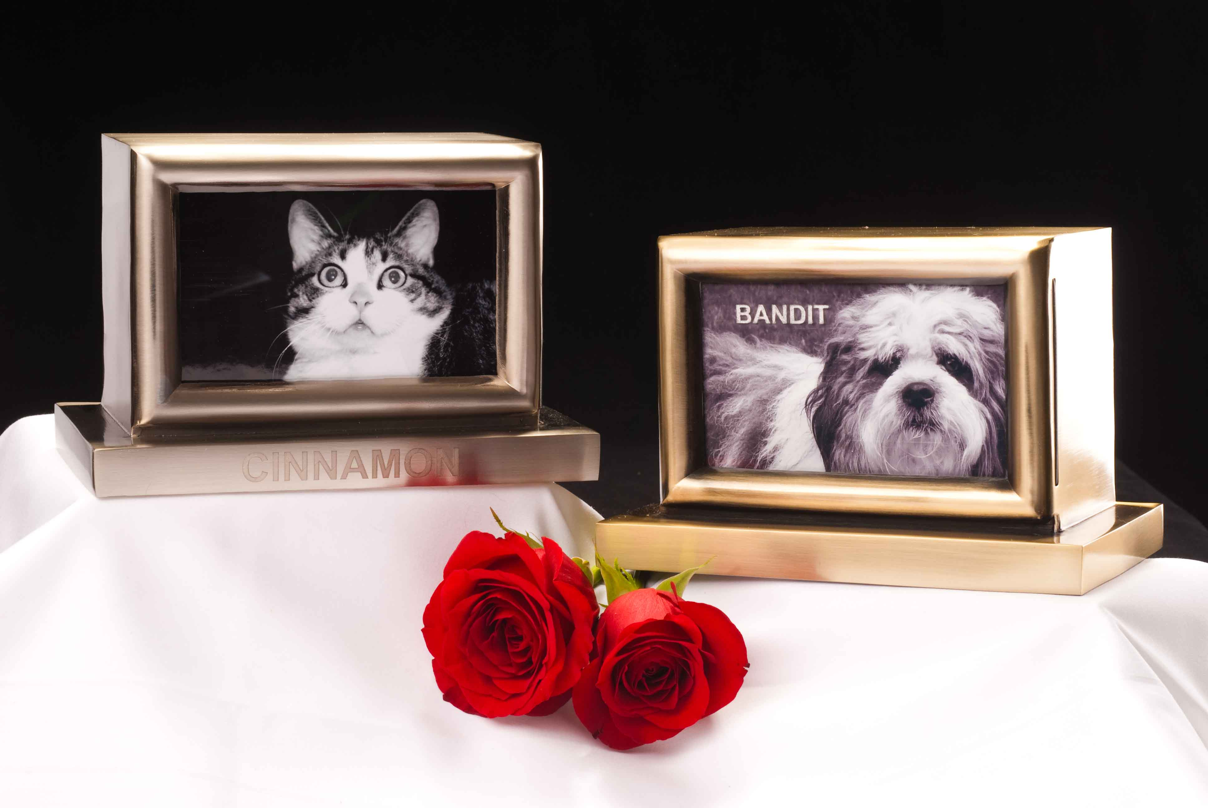 pesonalized metal photo frame pet urns